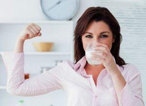 đau dạ dày có nên uống sữa